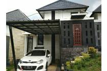 Rumah Cantik MURAH & STRATEGIS dilengkapi FOYER di Kota Bandung