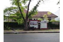 Dijual Rumah Belanda Lokasi Strategis di Supratman Bandung
