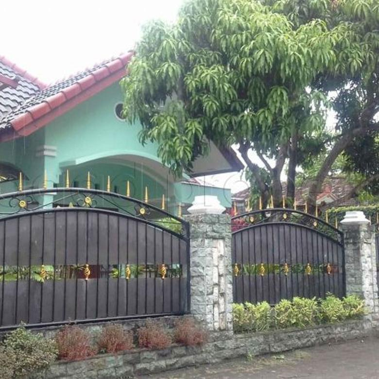Rumah dekat Kampus UGM jalan Sulawesi XIV ( AR 71 )