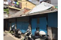 rumah hitung tanah ex konveksi luas 10x14 140m Type open room Jembatan V Jakarta Barat