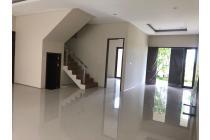 Rumah-Surabaya-13