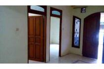 Dikontrakan Rumah Strategis di Bukit Cimanggu City, Bogor OP1183