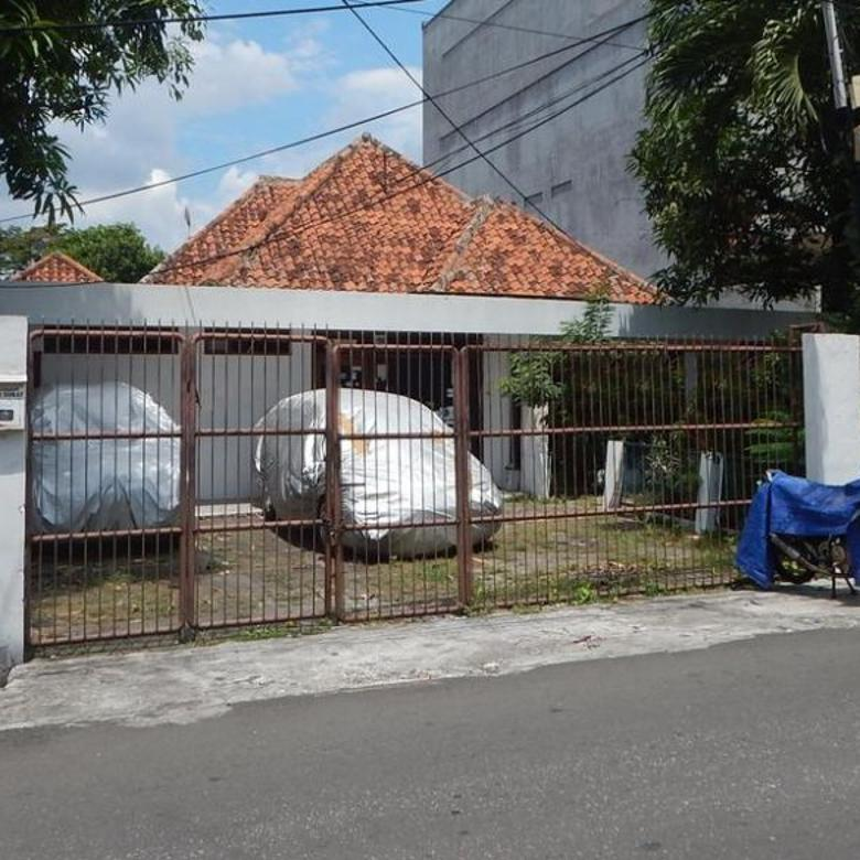 DIJUAL Rumah lama, bisa untuk kost an, strategis di Cideng