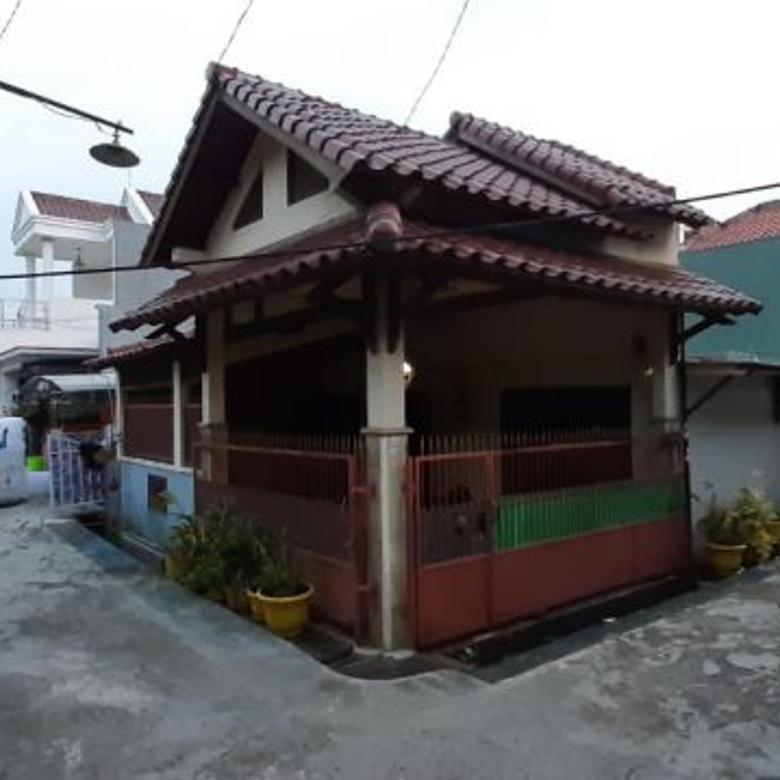 Rumah Strategis Tengah Kota dekat Pesona Square