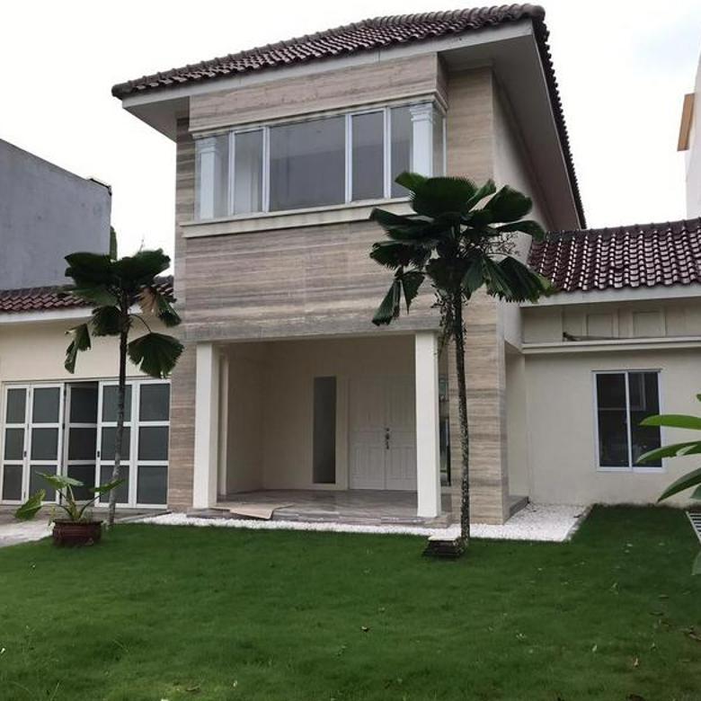 Rumah 2 lantai dengan tanah luas Cluster Lavender Alam Sutera