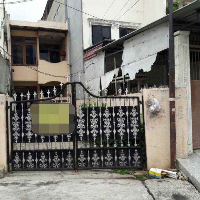 Dijual Rumah Nyaman Strategis di Hayam Wuruk, Jakarta Barat