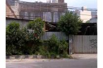 Dijual Rumah Tua Hitung Tanah Cocok Untuk Invest di Rajawali Selatan