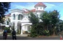 Rumah di Kota wisata di cluster eksklusif