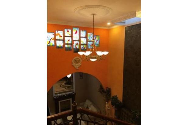 Rumah Luas!!! Posisi Hook di Kav DKI Meruya Selatan (LT : 352 m2)( Kode: E 17306867