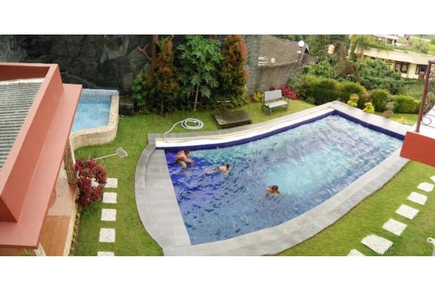 Villa di Cisarua Dengan Kolam Renang Pribadi