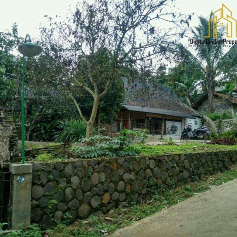 Tanah Plus Kolam dengan suasana alam yg sejuk dii Ujungberung
