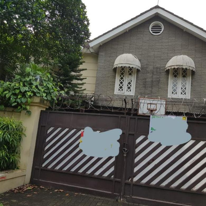 Disewakan Rumah Jl. Prapanca IV, Kebayoran Baru, Jakarta Selatan