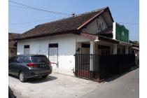 Rumah Halaman Luas di Selatan RS Tegalyoso Klaten