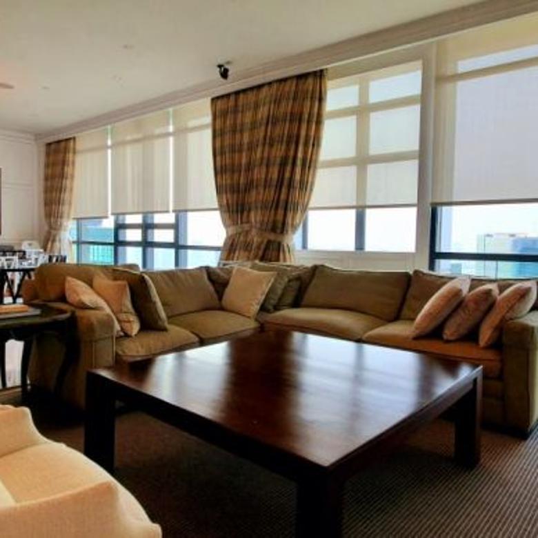 Apartemen St Moritz Super Penthouse 6BR