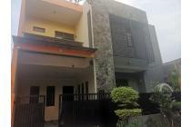 Rumah Second 2 Lantai Dijual Nyaman dan Strategis Depok Timur