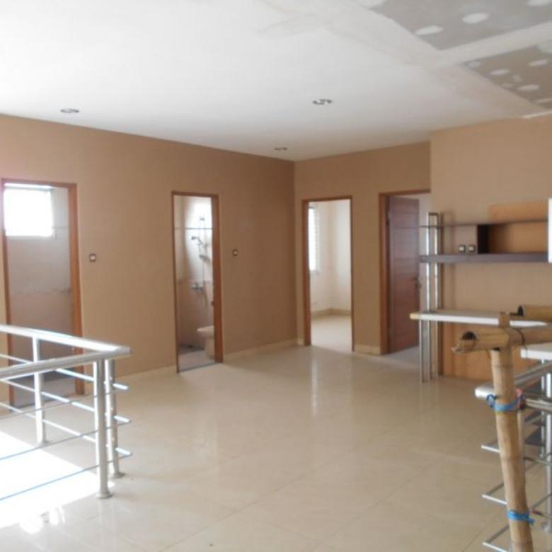 Dijual Rumah LUX 2 Lantai di Kota Baru Parahyangan ( KBP )