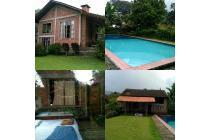 Villa tugu puncak,4 kamar tidur,kolam renang private