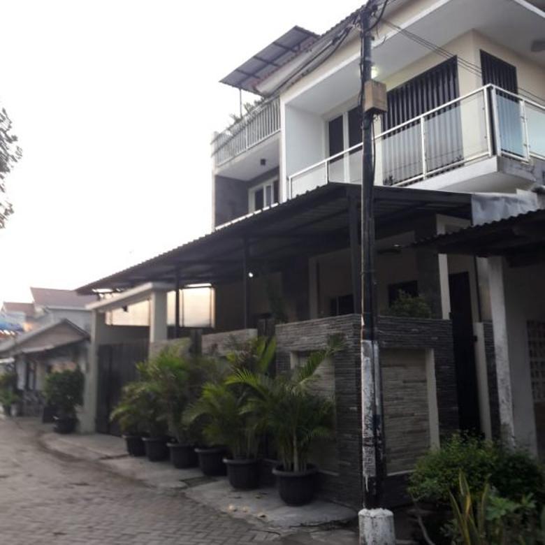 Rumah full furnish lokasi strategis akses mudah ke pusat kota