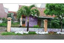 Dijual Rumah lama hit tanah Lks MA 1 LT300m2