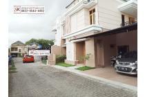 Rumah Mewah dalam Perum di Janti Dekat Akakom