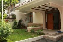 Bagus, Terawat, Rumah 2 Lantai, di Pinang, Pondok Indah
