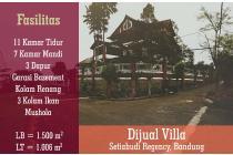Rumah konsep vila di setiabudi Bandung, asri dan terawat
