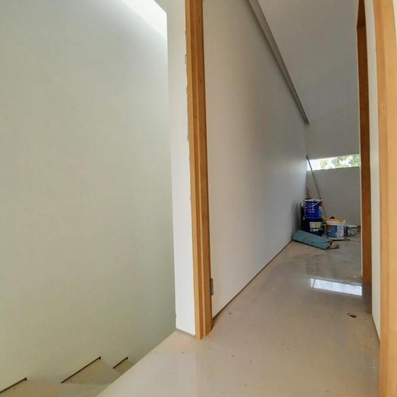 Rumah baru modern veteran pondok pinang area dalam town house