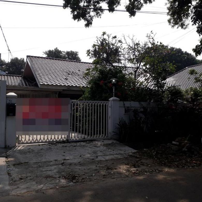 Rumah super strtegis dan asri di Taman Kencana