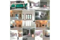 Rumah 2 lantai bonus Gudang pinggir jalan raya di pasar Kliwon Surakarta