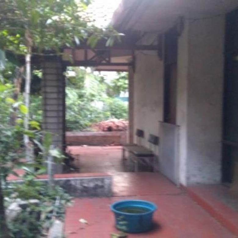 Rumah dekat pinggir jalan raya luas di kamboja tomang Jakarta barat