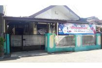 Dijual Ruman dan 4 Kontrakan dekat Kampus ISTN di Cipedak Jagakarsa Jakarta
