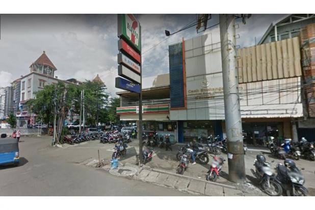 Gedung Pinggir Jalan panglima Polim Raya harga NEGO 12751240