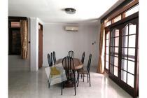 Comfy Big House For Rent 7 Bedroom at Denpasar Mega Kuningan Jakarta