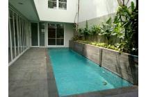 For Rent Rumah Kebayoran baru area CBD lokasi strategis..!! Hub 0817782111