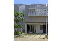Living in Excellent House of Jagakarsa close to Cilandak