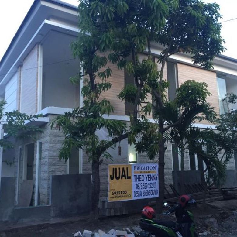 Rumah New Gress (lantai tangga Granite, Lantai Marmer) di Purimas, Surabaya