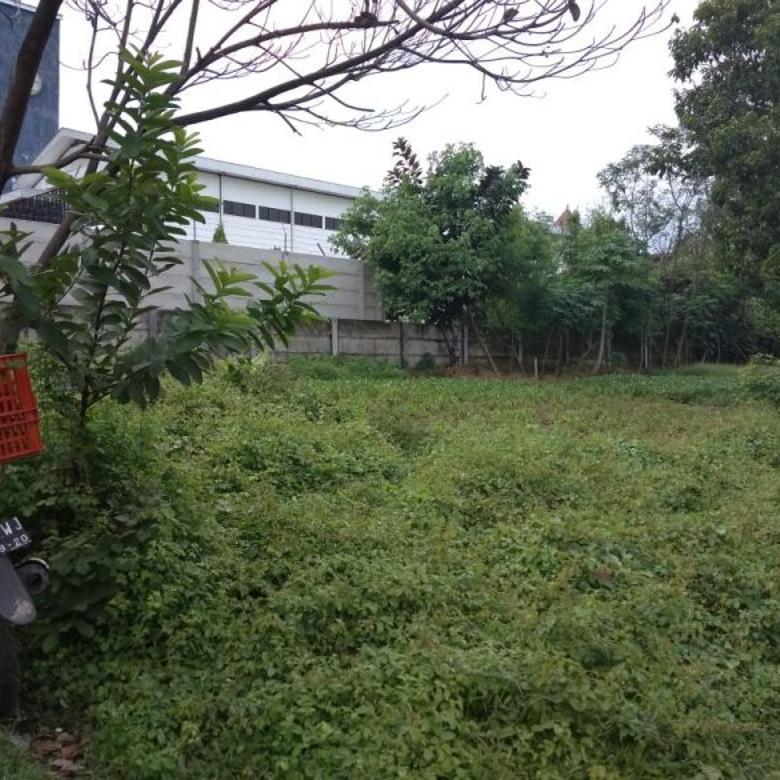 For Sale tanah jejer cocok untuk INVESTOR Pusat kota di jl.Klampis Aji