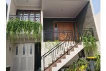 Rumah Bagus ada Kolam Renang di Cilandak Barat Jakarta Selatan