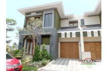 Rumah Mewah di Perumahan Elit Utara Hyatt Jalan Palagan