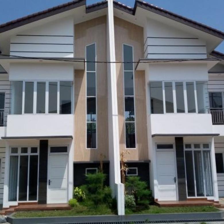 Dijual Rumah Mewah Nyaman di Cipedak, Jagakarsa, Jaksel