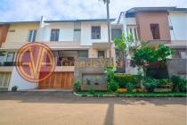 Rumah 3 Lantai di Dalam Cluster, Pondok Pinang