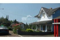 Villa Bagus Nyaman Area Bandung Lembang Villa Istana Bunga
