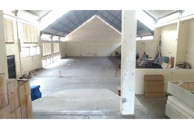 gudang 1300 m2 gatsu barat denpasar muding penamparan buluh indah cargo
