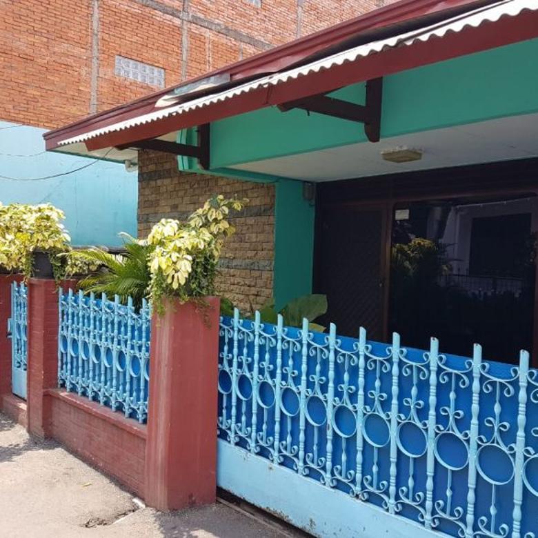 DIJUAL Rumah Strategis dan Siap Huni di Jakarta Selatan