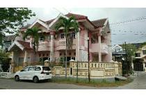 Dijual Rumah di Babatan Pantai Utara