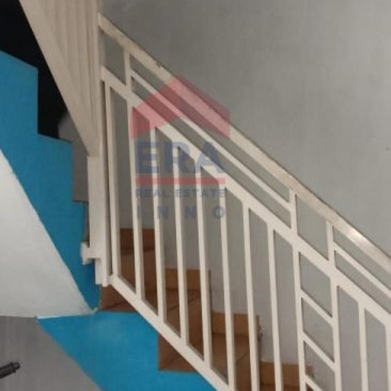 Ruko 2 lantai di Lembang Daerah ramai