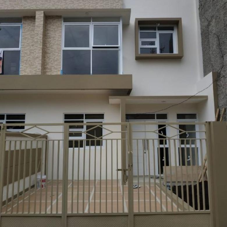 Hot Deal!! Rumah Lux Baru Minimalis 2Lt, dkt BCA Ahmad Yani