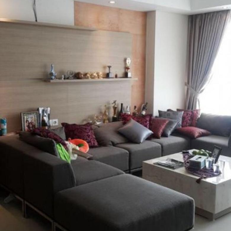 Jual Apartemen ST Moritz Puri Indah Private Lift 2BR 96m2 Furnished