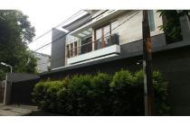 Dijual Rumah Brand New Strategis di Jl Laksana 3 Rawa Barat Jaksel