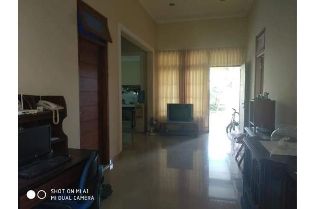 Ada Water Heater, Rumah 4 Kamar Tidur di Banguntapan 18274664